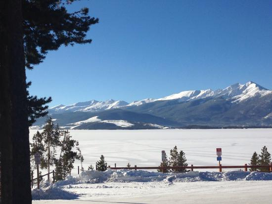 BEST WESTERN Ptarmigan Lodge : Winter view, Lake Dillon