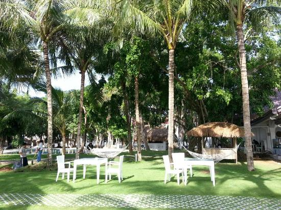 Pacific Cebu Resort: Relax and Unwind