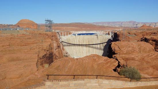 ‪Glen Canyon Dam Overlook‬