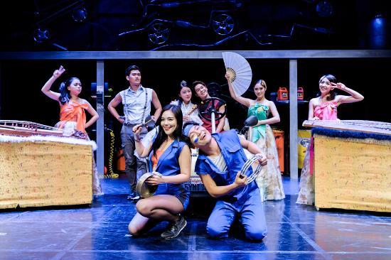 Fanta-Stick Theatre