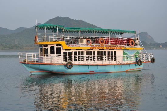 Amma, Wirginia Zachodnia: papikondalu boat