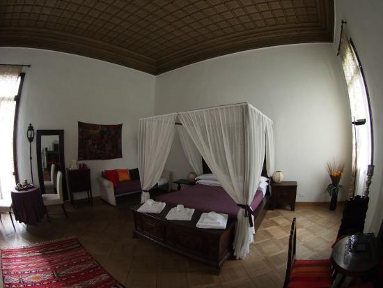 La Porta D'Oriente B&B: room