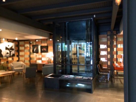 salle de sport le klay picture of depur residence du klay paris tripadvisor. Black Bedroom Furniture Sets. Home Design Ideas