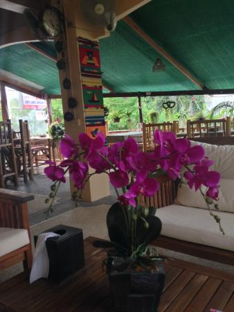 Similan Hotel: accueil