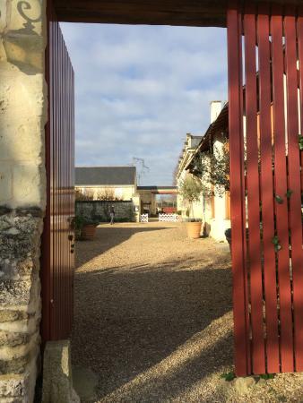 Le Domaine de Mestre: portail entrée