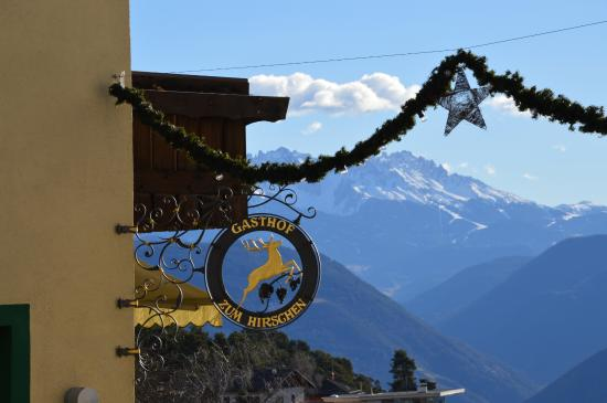 Landgasthof zum Hirschen: Stemma con addobbi natalizi