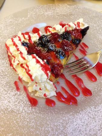 La Scala: На десерт торт - фантазия шеф-повара))