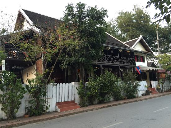 Villa Ban Lakkham : Exterior