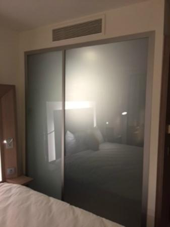 Novotel Manchester Centre Shower With Non See Through Gl