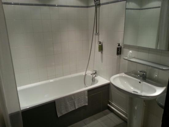 Hotel du Beryl: Salle de bain