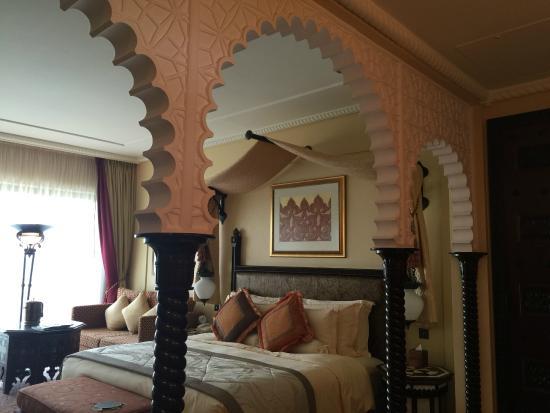Arabian Deluxe Room Picture Of Jumeirah Al Qasr Dubai Tripadvisor