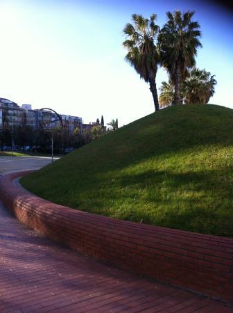 Ibis Barcelona Santa Coloma: Extérieur