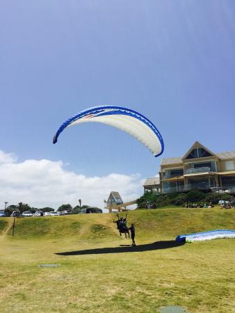 Cloudbase Paragliding: Lift off from the Views Hotel