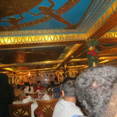 Nile Pharaohs Cruising Restaurant : Interiors