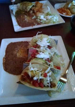 Chicano's: Shrimp tacos