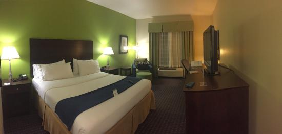Holiday Inn Express Hotel & Suites Knoxville-Farragut: King Bed Room