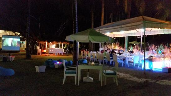 Pacific Cebu Resort: Movie Night