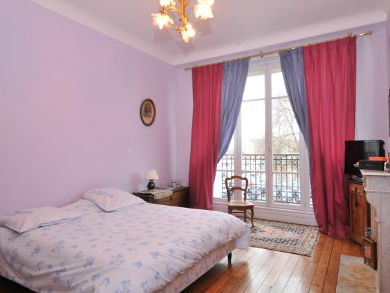 chambre 20 m2 wc salle de bain priv attenante photo de boulingrin reims tripadvisor. Black Bedroom Furniture Sets. Home Design Ideas