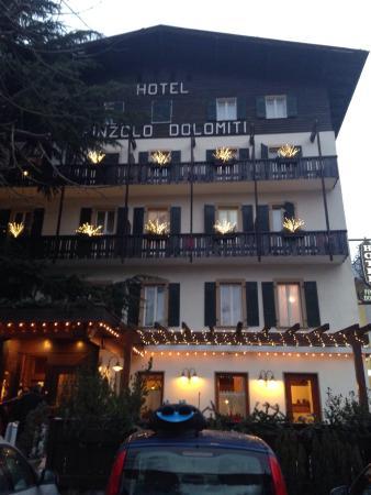 Hotel Pinzolo Dolomiti: L'albergo