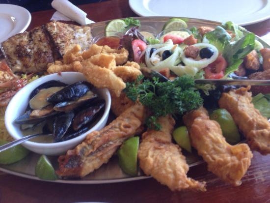 Quayside Cabin : Fish Platter for 2