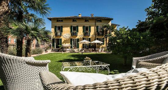 Hotel Villa Carona e la sua terrazza all'aperto