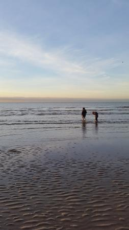 Formby Beach: Looking out to sea