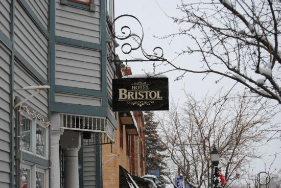 Hotel Bristol: Downtown access