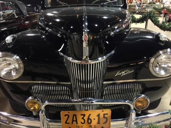 Pierce-Arrow Museum: 1930s model Ford