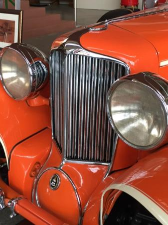 Pierce-Arrow Museum: 1939 Duesenberg owned and driven by Frank Lloyd Wright