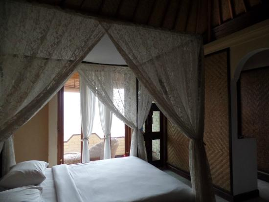 Puri Alam Bali Bungalows: The room