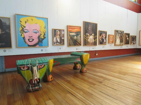 Bench and Paintings - Museo Artequin - Santiago