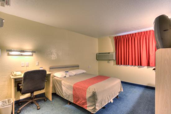 波特蘭南 6 號汽車旅館 - 奧斯威戈湖 - 提加照片