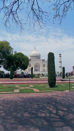 Taj Mahal: A different Angle