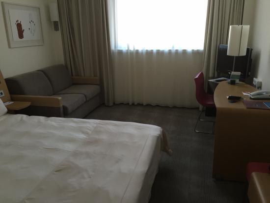 Novotel Frankfurt City: sovrum