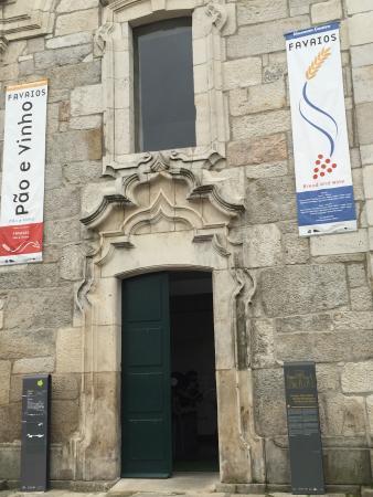 Favaios, Portugália: Fachada del museo