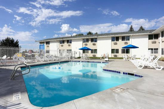 Motel 6 Idaho Falls: Pool