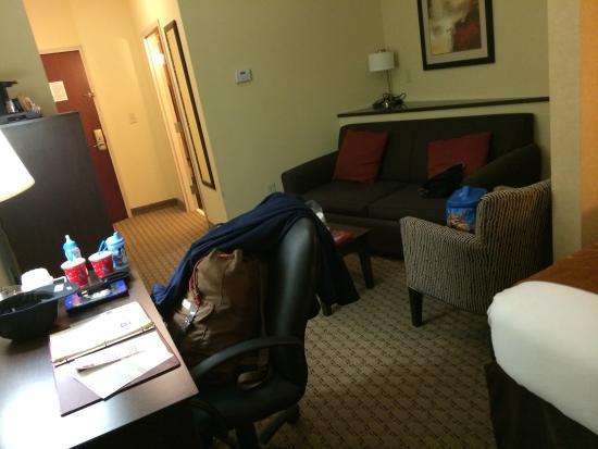 Comfort Suites Wilson I-95: Nice living room