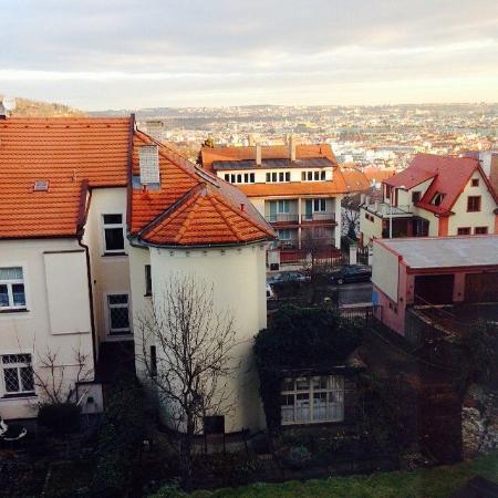Garni Rambousek : Вид из окна номера