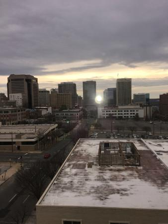 Holiday Inn Express Downtown Richmond: View from Suite 604 (sunrise)