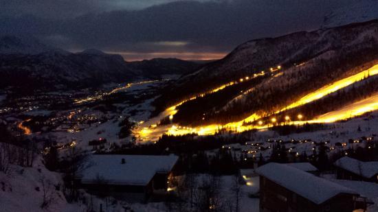 Skarsnuten Fjellandsby Apartments: View at Night
