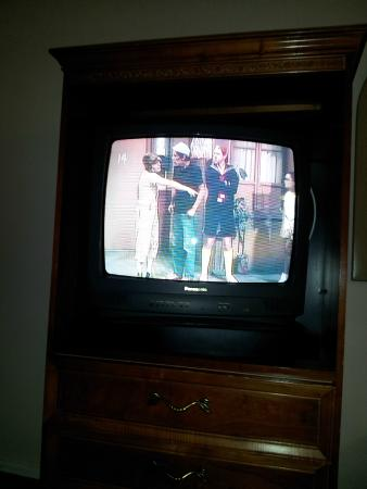 Greenwich Inn: TV