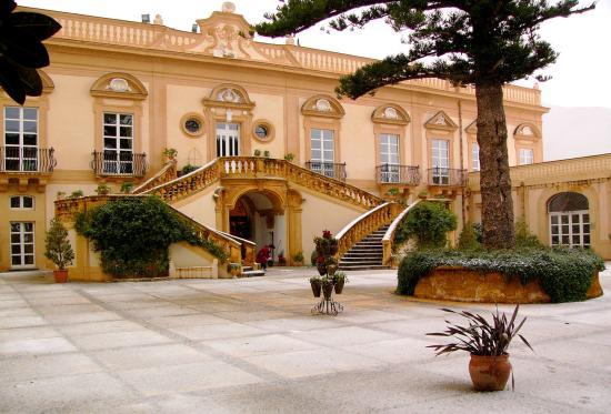 Villa Bonocore Maletto: ...appena arrivati...