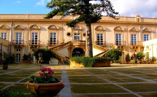 Villa Bonocore Maletto: ...il mattino dopo...