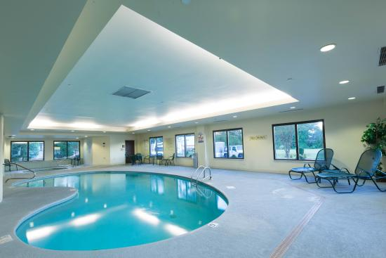 Hampton Inn Washington: Indoor pool and spa