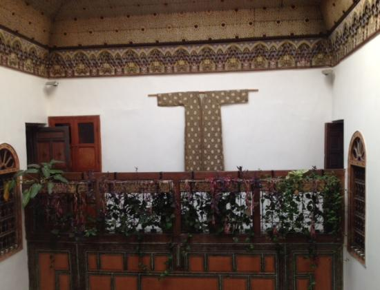 Riad Numero 9 : View of upper level of courtyard