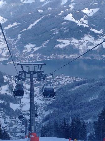 Hotel Berner: Lake from gondola