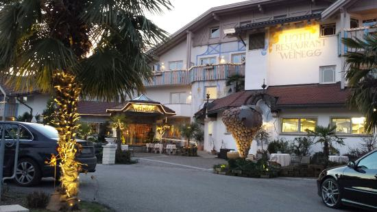 Entrata hotel weinegg