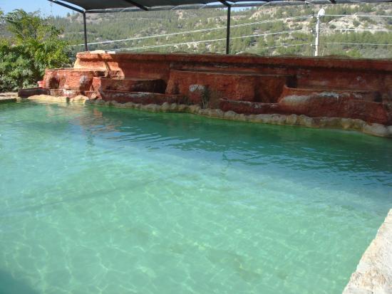 Hot springs pool - Picture of Karahayit, Denizli - TripAdvisor