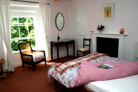 Lee, UK: Pink double bedroom