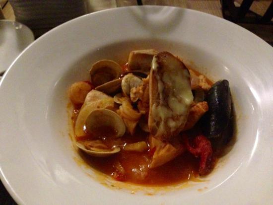 Coronado Sheerwater Restaurant: Cioppino